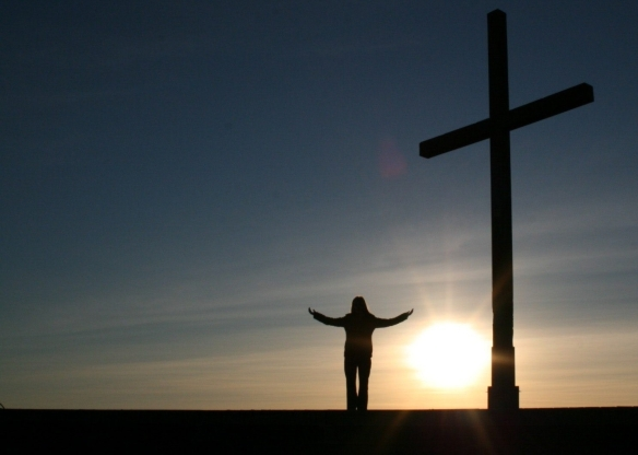 Praise God at the Cross via pexels - no attribution required